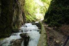 7-Le-Gole-dellInfernaccio-sui-Monti-Sibillini